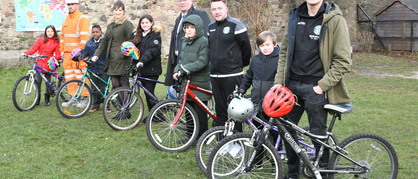 'Edinburgh Cheer' to local school with donation of children's bikes
